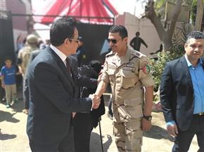 نائب محافظ القاهرة يتفقد سير التصويت في لجان حلوان والتبين