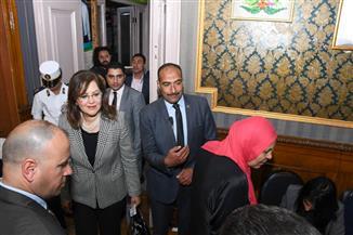 وزيرة التخطيط تدلي بصوتها في الاستفتاء على التعديلات الدستورية