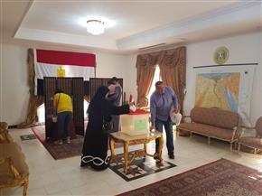 المصريون بالبحرين يدلون بأصواتهم في الاستفتاء على التعديلات الدستورية
