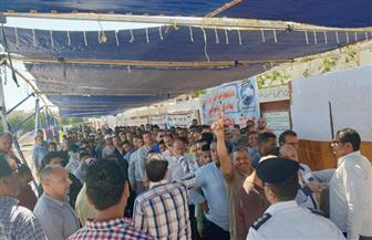 لليوم الثاني.. توافد أعداد كبيرة من أهالي الشيخ زويد على لجان الاستفتاء