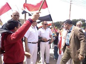 المئات يشاركون في الاستفتاء على التعديلات الدستورية بالمحسمة القديمة في الإسماعيلية |صور