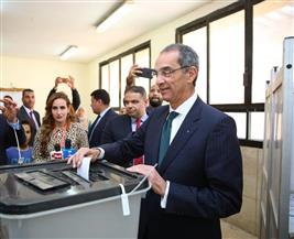 وزير الاتصالات يدعو للمشاركة الإيجابية في الاستفتاء لإظهار صورة مصر الحضارية
