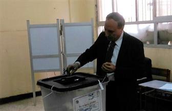 عبد المحسن سلامة يدلي بصوته في الاستفتاء بالقليوبية.. ويؤكد: التعديلات الدستورية تدعم الاستقرار والأمن  صور