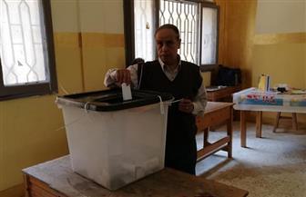 توافد المواطنين على لجان التصويت بمدرسة فتيات القدس النموذجية بالهرم | صور