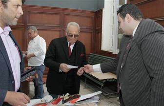 رئيس حزب الوفد يدلي بصوته في الاستفتاء على التعديلات الدستورية | صور