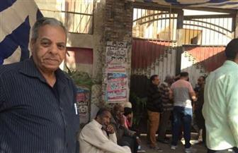 استمرار عمل لجان الاستفتاء واستقبال الناخبين خلال ساعة الراحة بإمبابة
