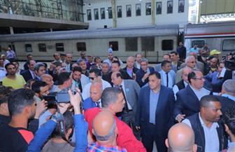 وزير النقل: انتشار مسئولي السكة الحديد بالمحطات ومتابعة جميع طوائف التشغيل وتقديم التسهيلات للركاب | صور