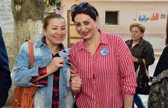 وفاء عامر ورانيا يوسف وانتصار يدلين بأصواتهن في استفتاء تعديل الدستور | صور