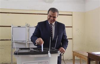 وزير القوى العاملة يدلي بصوته في الاستفتاء على التعديلات الدستورية | صور