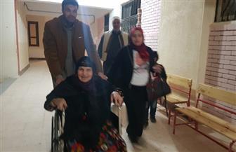 عمرها 104 أعوام.. مسنة تدلي بصوتها فى الاستفتاء على التعديلات الدستورية بالسلوم | صور