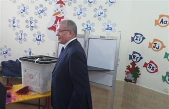 رئيس محكمة البحر الأحمر يدلي بصوته على التعديلات الدستورية فى لجنة  بالغردقة| صور
