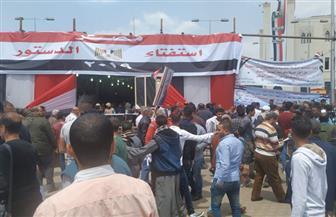 استمرار تدفق المواطنين على لجنة محطة مصر برمسيس في اليوم الثاني للاستفتاء | صور