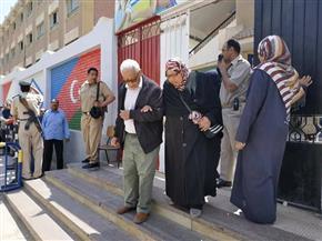 استمرار توافد المواطنين على الاستفتاء بالتعديلات الدستورية في العبور | صور