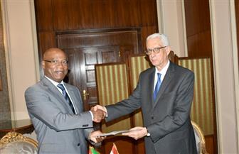 نائب وزير الخارجية للشئون الإفريقية يلتقي وزير خارجية موزمبيق   صور