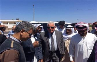محافظ جنوب سيناء يتفقد لجان الاستفتاء على التعديلات الدستورية في دهب ونويبع | صور