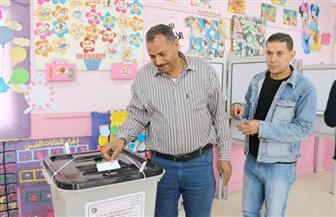 """أهالي جزيرة العزبي يتوافدون على لجان التصويت مستقلين """"الحسك"""""""