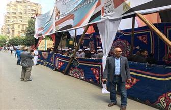 استمرار توافد المواطنين في لجان عزبة النخل للمشاركة في استفتاء التعديلات الدستورية