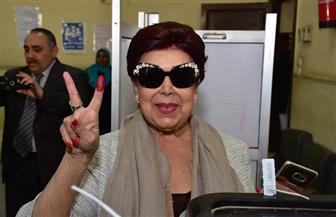 رجاء الجداوي وخالد سليم يدليان بصوتهما في استفتاء التعديلات الدستورية| صور