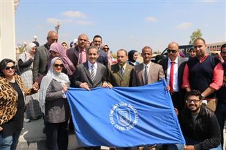 رئيس جامعة قناة السويس: دورنا يقف عند توفير خدمات النقل والمتابعة لأبناء الجامعة