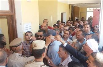 محافظ الوادي الجديد يتفقد لجان الاستفتاء على التعديلات الدستورية | صور
