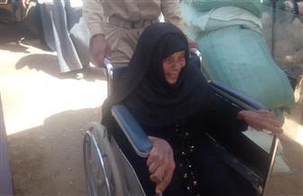 """سعيدة منصور """"ذات المائة عام"""" تدلي بصوتها في التعديلات الدستورية بقنا"""