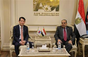"""""""العربية للتصنيع"""" تبحث تصنيع قطارات هيونداي لمترو الأنفاق وتعزيز تسويق منتجاتها بدولة ليبيا"""
