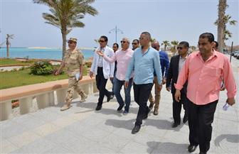 محافظ مطروح: أعمال تطوير شاطئ الإليزيه لن تحجب رؤية البحر | صور