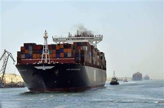 64 سفينة عبرت القناة اليوم بحمولة 4 ملايين و400 ألف طن