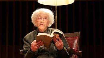 """شاعرة أوروجواي """"إيدا فيتالي"""" تتسلم جائزة """"ثربانتس"""" الأدبية"""