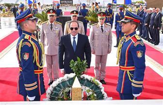 الرئيس السيسي يضع إكليلا من الزهور على قبر الجندي المجهول بمناسبة ذكرى تحرير سيناء|فيديو