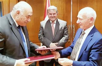 وزير قطاع الأعمال العام يشهد توقيع اتفاقية هيكلة الشركة القابضة للقطن والغزل