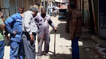 تنفيذ أعمال تطهير شبكات الصرف الصحي بشوارع الأقصر| صور