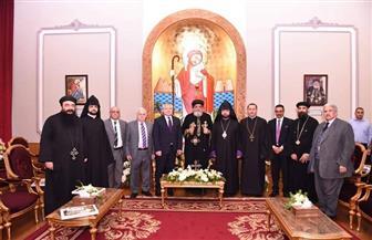وفد الكنيسة الأرمينية يهنئ البابا تواضروس بعيد القيامة|صور