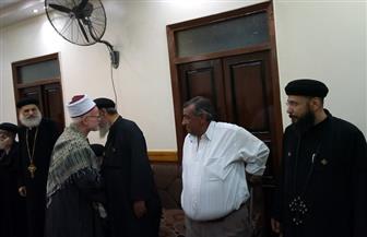نواب البرلمان ورجال الدين الإسلامي يتوافدون على كنائس أسوان لتقديم التهنئة بعيد القيامة | صور