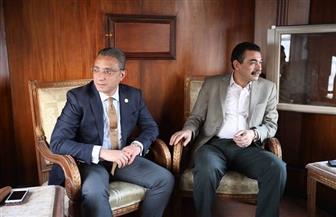محافظ سوهاج ومدير الأمن في جولة نيلية لمتابعة احتفالات المواطنين بعيد الربيع | صور