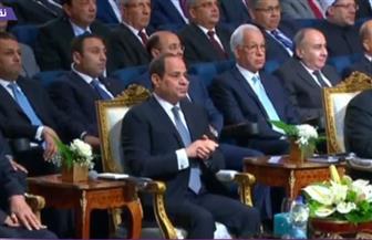 الرئيس السيسي يصل مقر افتتاح المنتدى العالمي للتعليم العالي والبحث العلمي