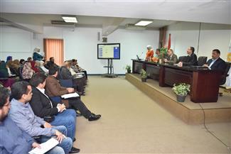 محافظ أسيوط يشهد تدريب العاملين على برنامج الذاكرة المؤسسية