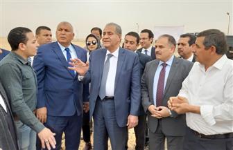 وزير التموين يضع حجر الأساس لمشروع الصوب الزراعية بالوادى الجديد | صور
