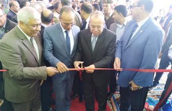 محافظ كفر الشيخ ورئيس الهيئة العامة للكتاب يفتتحان معرض الكتاب السادس بمدينة دسوق | صور