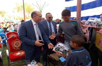 أمن الوادي الجديد يكرم 70 طفلا يتيما في احتفالية بنادي الشرطة بالخارجة