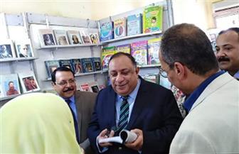 الحاج علي وماجد نجم يفتتحان معرض جامعة حلوان للكتاب| صور