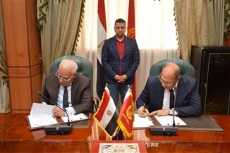 توقيع بروتوكول بين محافظة بورسعيد وهيئة التنمية الصناعية لتمليك 54 مصنعا للشباب