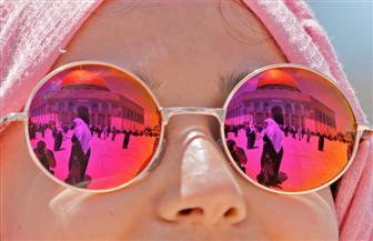 """""""عيوننا إليك ترحل كل يوم"""".. الفلسطينيون يتوافدون على القدس لآداء الجمعة الأولى من رمضان  صور"""