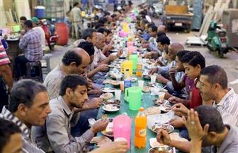تناول الإفطار في رمضان على فترتين يقي من عسر الهضم