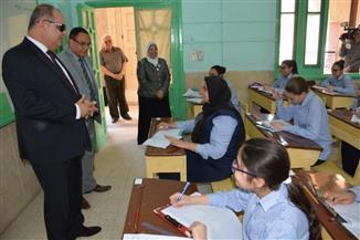 محافظ الغربية يتابع سير امتحانات الشهادة الإعدادية بطنطا.. ويشدد على الدقة | صور
