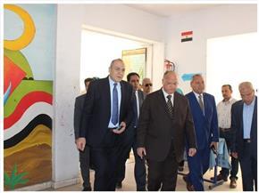 محافظ القاهرة يتفقد مدارس مجمع الملك فهد لمتابعة امتحانات الإعدادية   صور