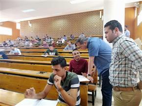 رئيس جامعة سوهاج يتفقد امتحانات كليتي تربية وتربية رياضية .. اليوم | صور