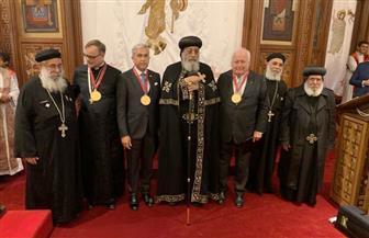 البابا تواضروس يكرم عددًا من رموز دوسلدروف الذين خدموا الكنيسة القبطية | صور