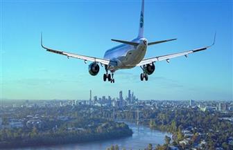 طيار ينجح في الهبوط بطائرة ركاب بسلام رغم تعطل عجلاتها الأمامية