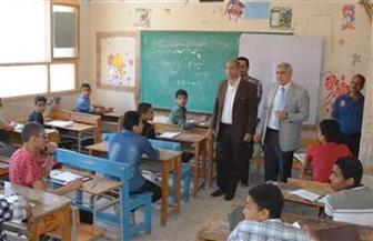 محافظ المنيا يتفقد عددا من لجان امتحانات الشهادة الإعدادية